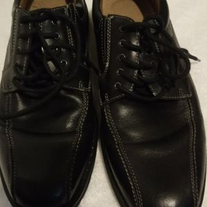 3 for $25 DOCKERS Man's dress shoes size 9 🛒